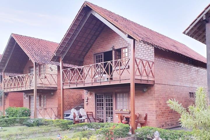 Chalé Aconchegante em Gravatá - Condomínio Fechado