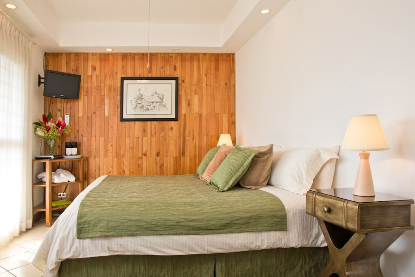 Superior room with private balcony, king size bed with memory foam and private bathroom