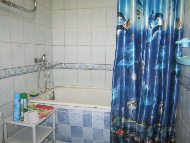Сдаю на сутки,сессии  - Kirov - Apartment
