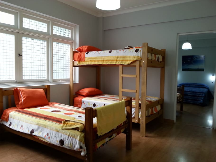 2do room with 6 full beds everything brand new.