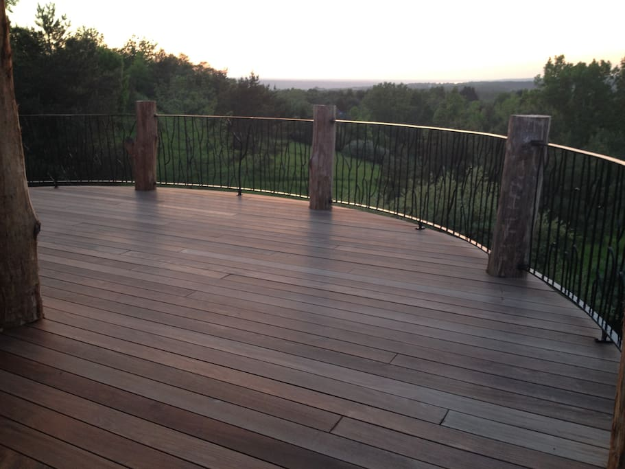 Hilltop House, 1,200 Square Foot Deck With 20 Mile View Up Cayuga Lake