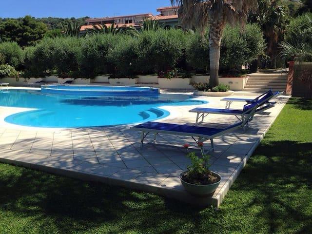 A casa di Ale, enjoy the sea view - Ricadi - Casa