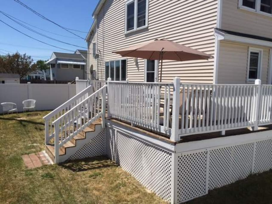 Back deck with small yard