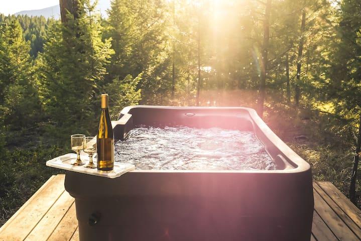 Remote Shanty with Hot Tub on 100 ac near Missoula