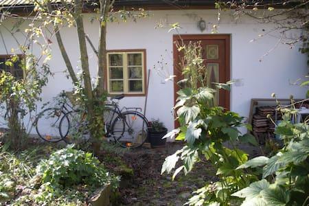 Ehemaliges Bauernhaus erbaut 1700 - Gries bei Oberndorf