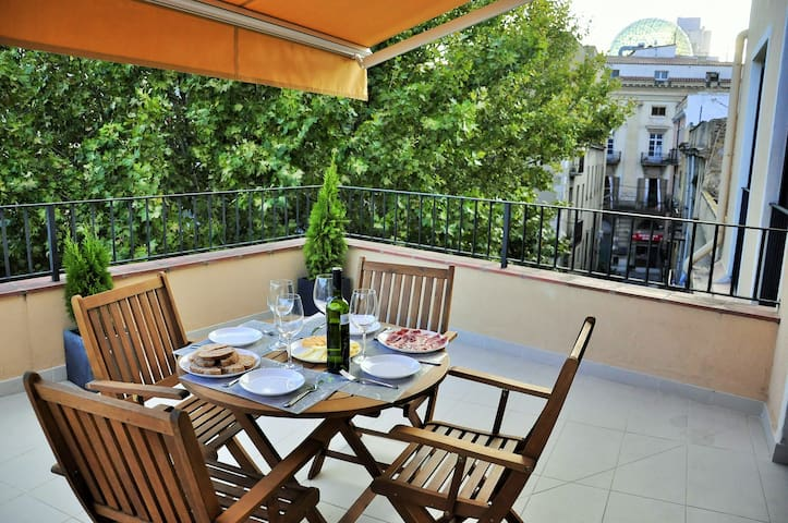 Apartment in the center town - Figueres - Wohnung