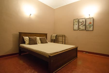Spacious Room in Greener Colombo