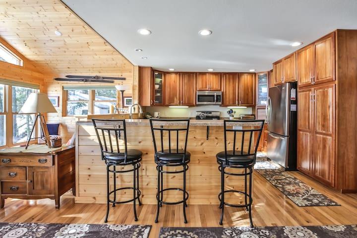 4br - Lake Minocqua Executive Home