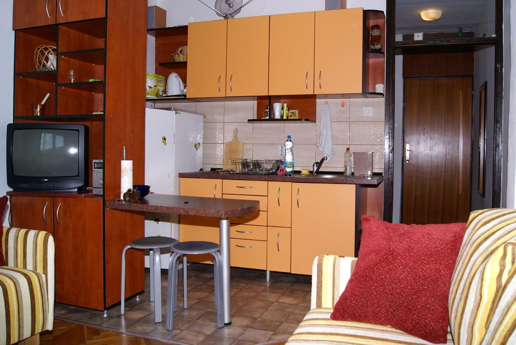 Fully functioning kitchen with everything you need