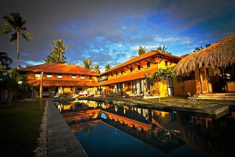 A Luxury Beach Villa in Cebu