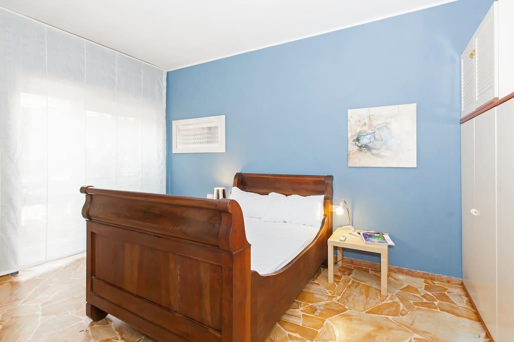 La stanza da letto Matrimoniale a richiesta è possibile avere il letto aggiunto