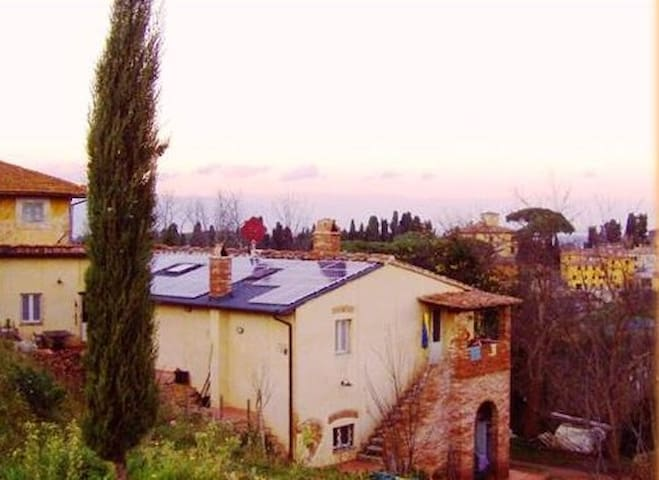 """""""La Volta"""" tra le colline toscane - Usigliano di Lari - Huoneisto"""