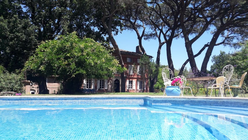 Belle maison florentine en Occitanie