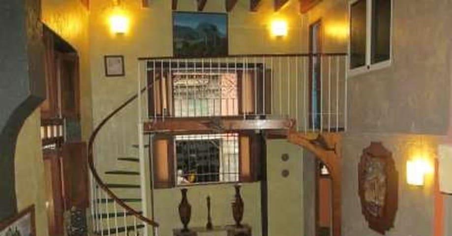 Renta de habitaciones en Plaza Vieja: Sra Martha - La Habana - 公寓