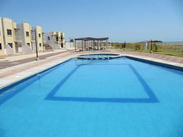 Amazing BeachView House/CasaHermoza 11+ Person