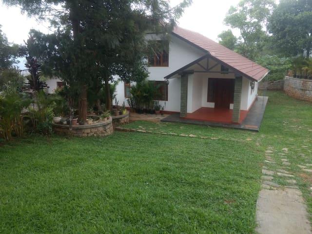 Shepherd Stays...(Gudalur/Masinagudi/Ooty/Wayanad)
