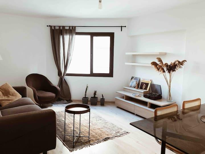 Modern&Cozy Flat in Heart of the City! -Alsancak-