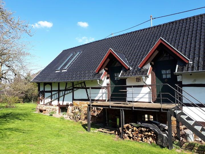 Zauberhafte Loftwohnung in historischem Landhaus