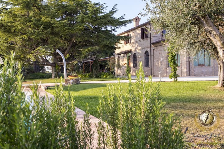 Villa Deliziosa, few km away from sea