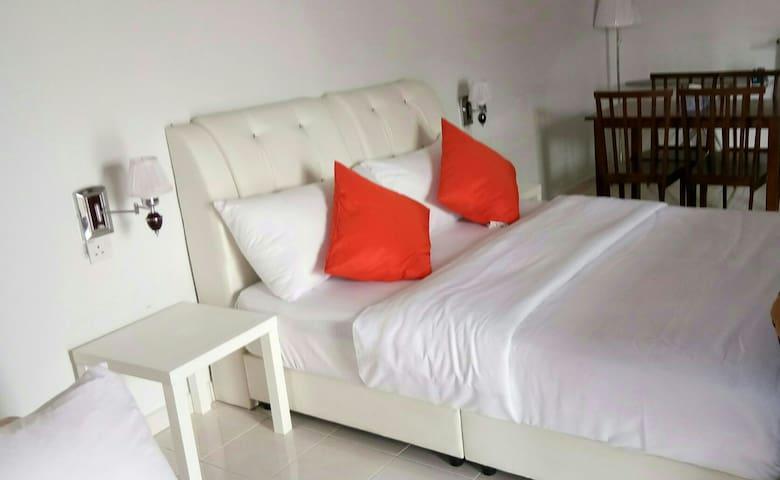 Studio Apartment Kurau Inn Homestay - Kuala Kurau - House