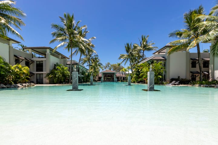 Sea Temple Port Douglas  3 bedroom poolside