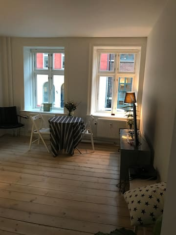 Cosy apartment - heart of CPH