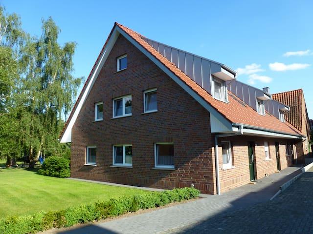Ferienwohnungen Hof-Rosskamp - Gronau (Westfalen) - Appartement