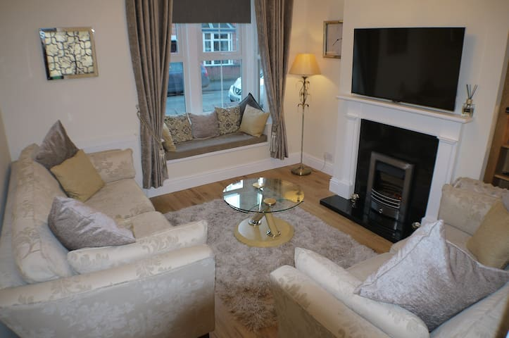 Luxury & Comfort 200 yards from  Cathedral quarter - Lincoln - Ház