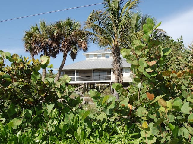Palm Island Waterfront 4bd/2ba Home - Placida - 獨棟