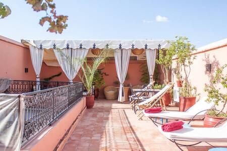 Riad centre médina  - Marrakesh - Bed & Breakfast