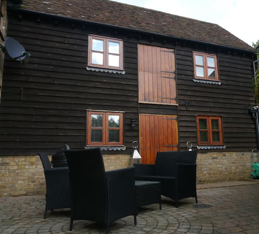 Boxley/Maidstone 2 Bed Cottage  - Boxley Maidstone