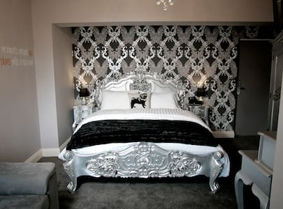 Boutique Bedroom near Durham - Chester-le-Street - Bed & Breakfast