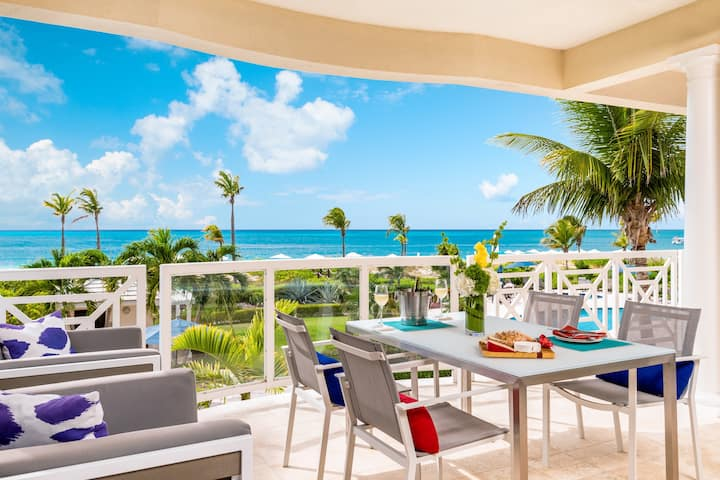 Beachfront 2 bedroom luxury condo - Reduced Rates!