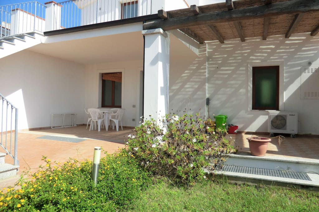 Cortile e veranda appartamento