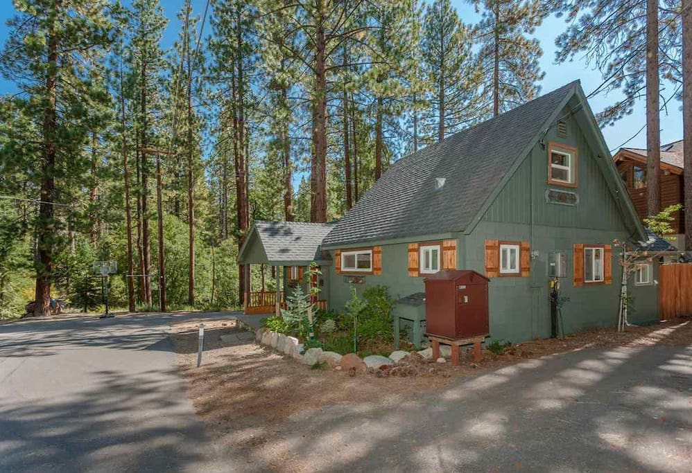 N shore cabin in the forest yet walk to the lake for Rent a cabin in lake tahoe ca
