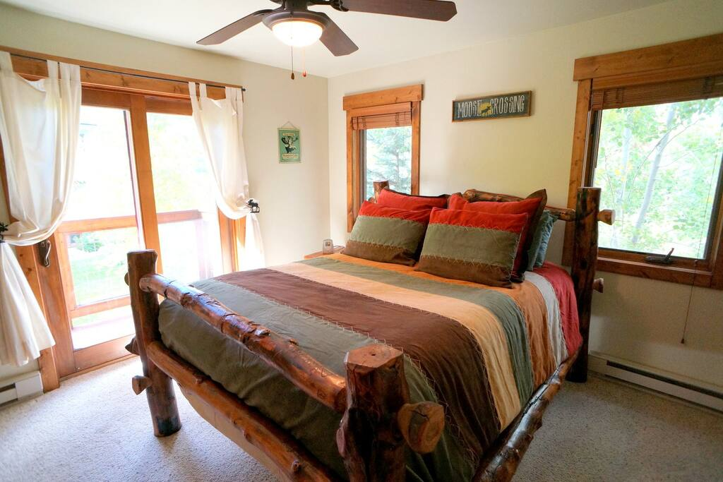 Rustic Yet Modern Condo In The Boat Apartments For Rent