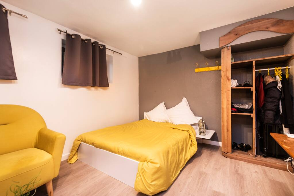 coquet studio 800m cath drale 4pers appartements louer strasbourg alsace france. Black Bedroom Furniture Sets. Home Design Ideas