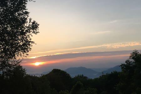 Mountaintop Oasis - Waynesville
