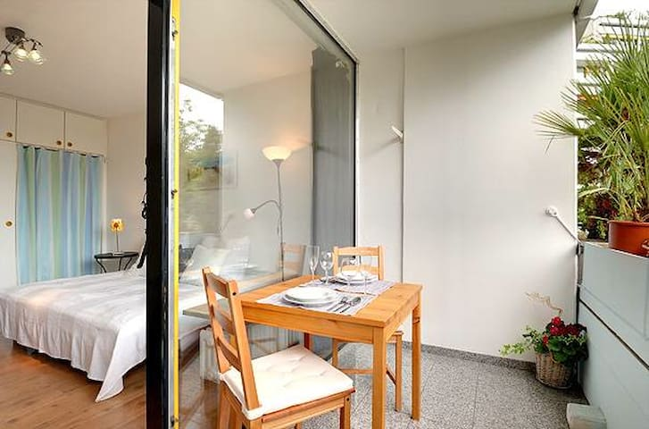 "Bright apartment at ""Südpark"""