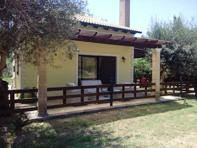 Luxury Room 1 km close to the beach - Kerkira - Villa