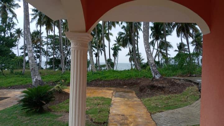 Villa frente al mar - Primera línea de playa