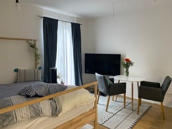 City single apartment in Frankfurt : TOTALLY NEW!