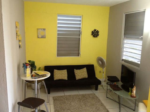 Paradise on a budget! Carolina, PR - San Juan - Apartment