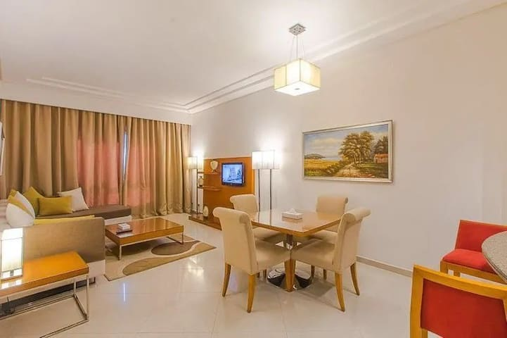 CLASSY ONE BEDROOM APARTMENT WITH ALL AMENITIES