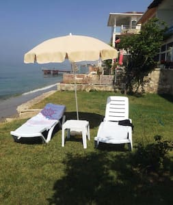 Unique View Private Beach - Büyükçekmece - Byt