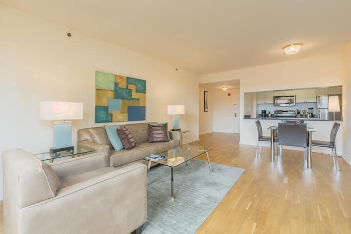 Spacious & Private 1BR | Hoboken Waterfront | GLS