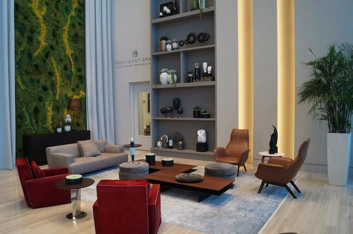 Outstanding New Condo Fully Equipped
