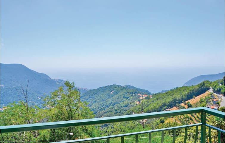 Holiday apartment with 2 bedrooms on 60 m² in Moneglia GE