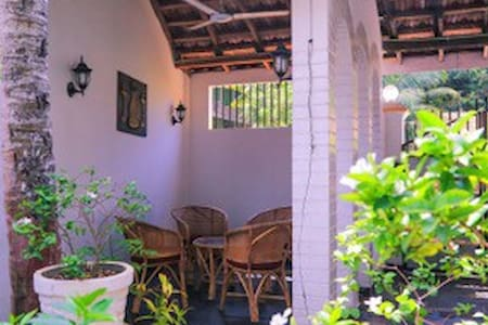 Daya`s B & B with 1 double rooms ! - Negombo - Bed & Breakfast