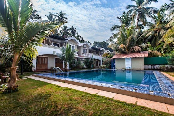 3 Bedroom Luxury Villa Near Baga Beach - Arpora - Villa